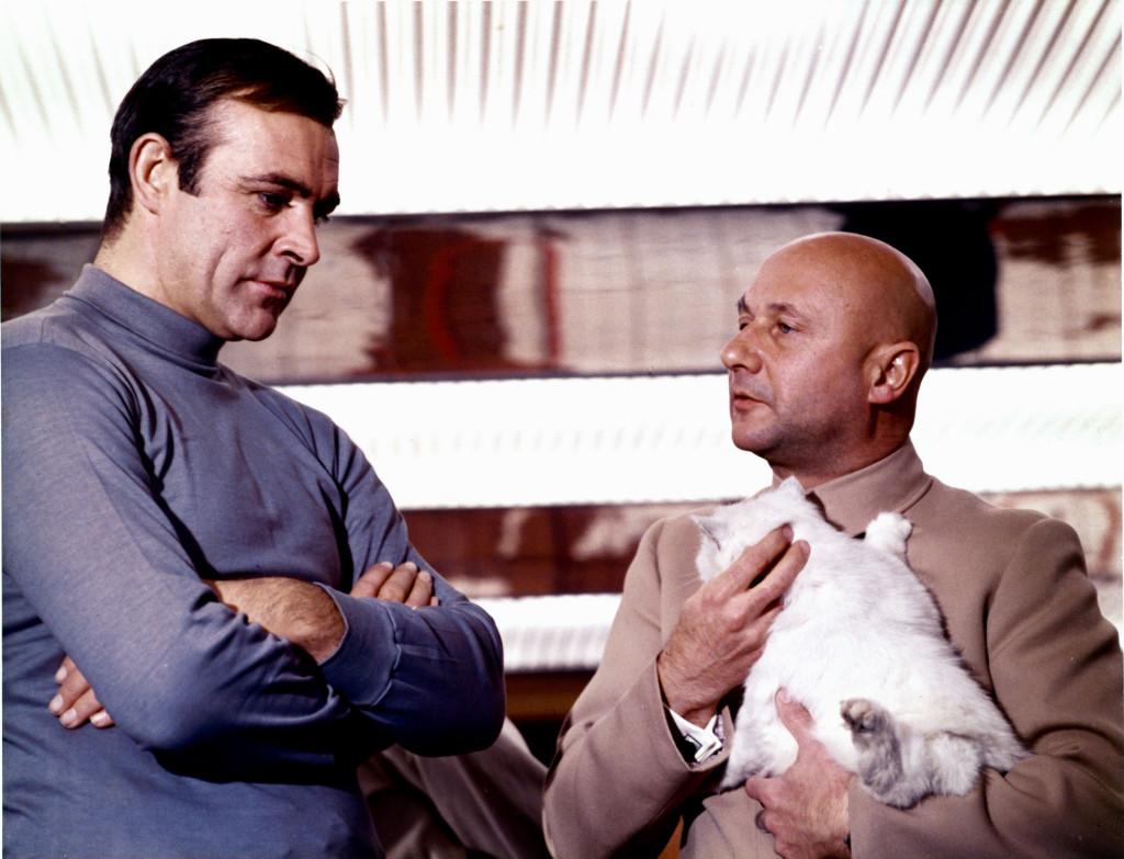 007 и Блофельд с котом